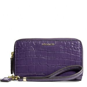 Coach wristlet zip wallet